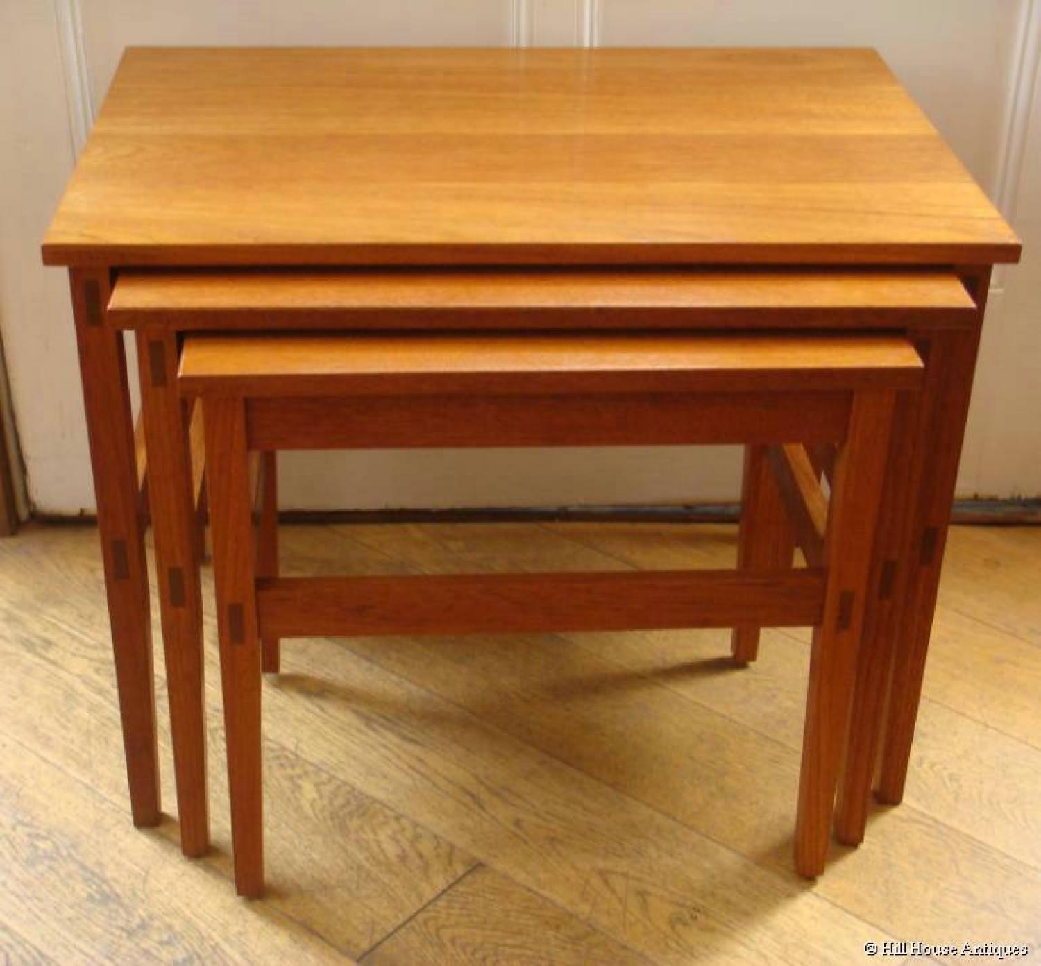 Cotswold School nest of tables