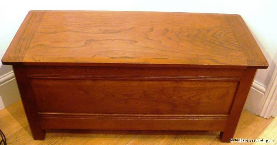 Stanley Webb Davies coffer chest