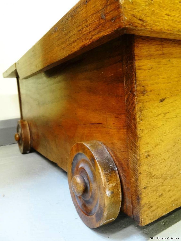 Arts & Crafts style underbed storage