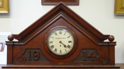 1914 clock Queens Elm Pub London