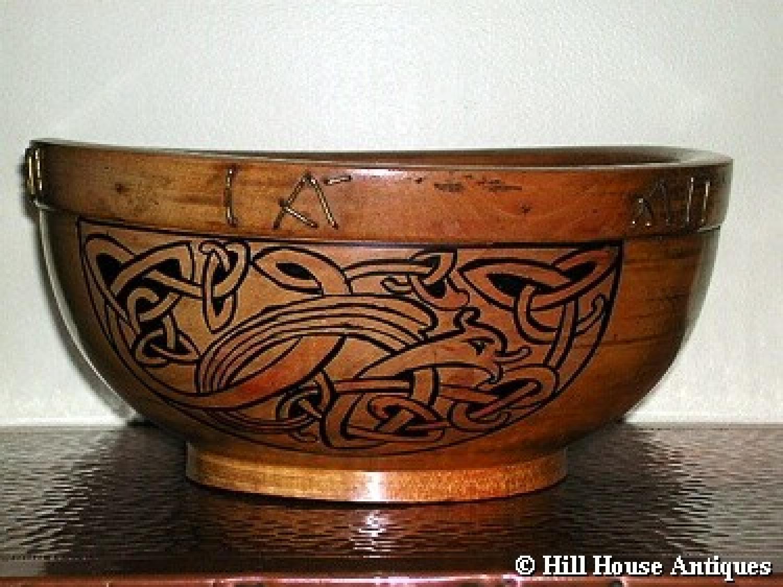 Irish Arts & Crafts treen bowl