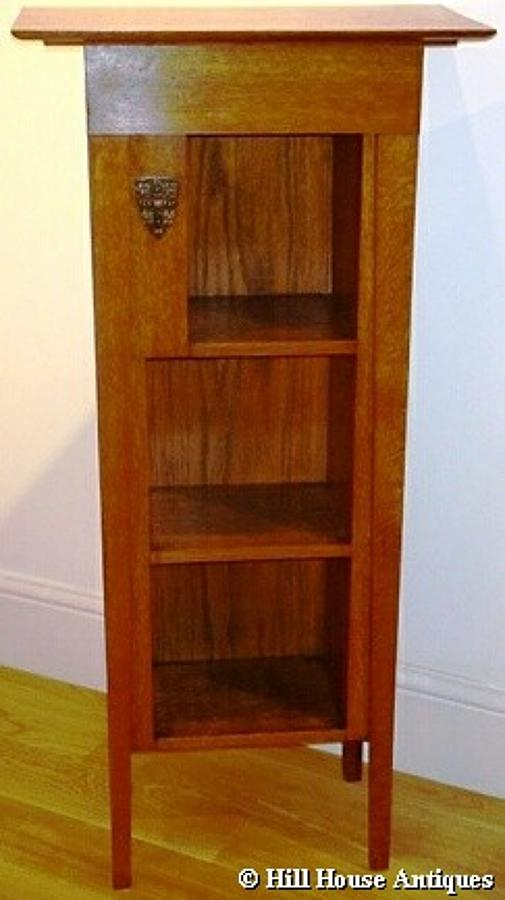 Arts & Crafts Cambridge bookcase