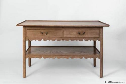 CFA Voysey/Peter Waals Cotswold oak table