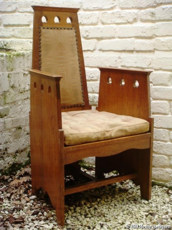 Wylie & Lochhead Quaint armchair