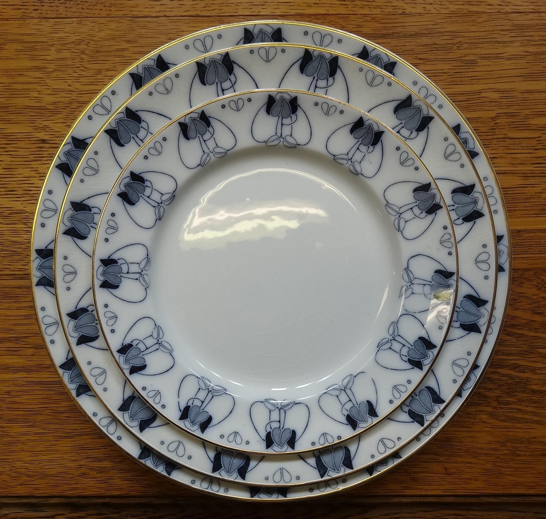 George Logan Glasgow Style dinner service