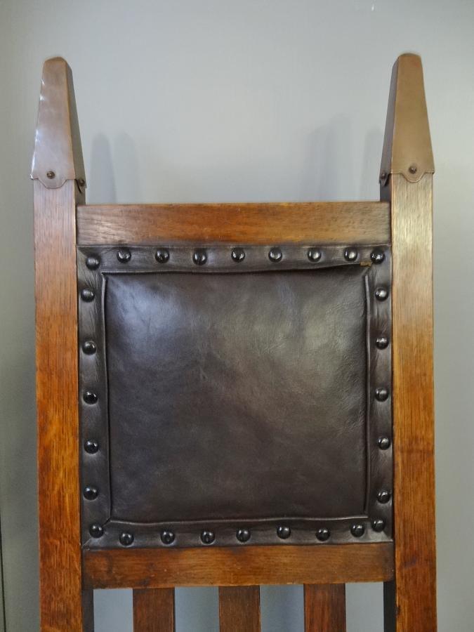 Wylie & Lochhead Glasgow Style chair
