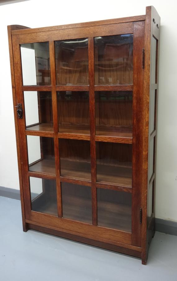 Gustave Stickley glazed oak cabinet bookcase