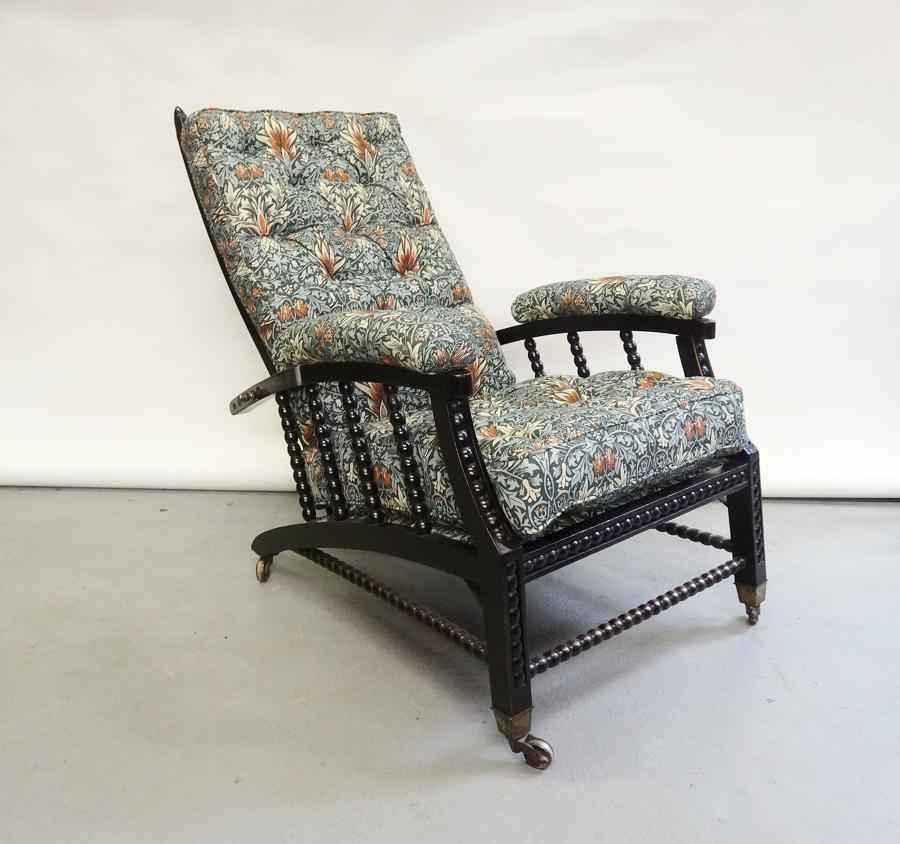Morris & Co Philip Webb recliner