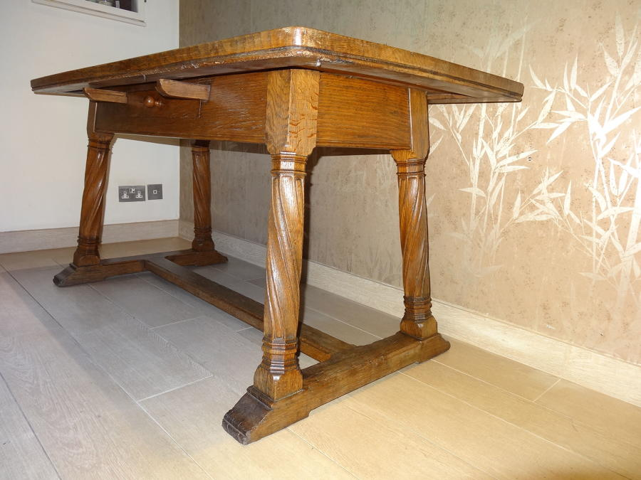 Liberty & Co Lorimer oak dining table