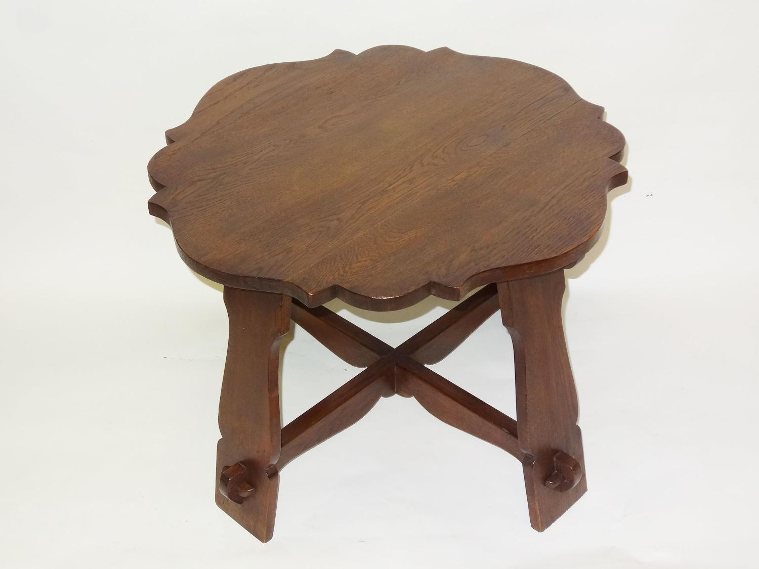 Arts & Crafts pegged oak occasional table