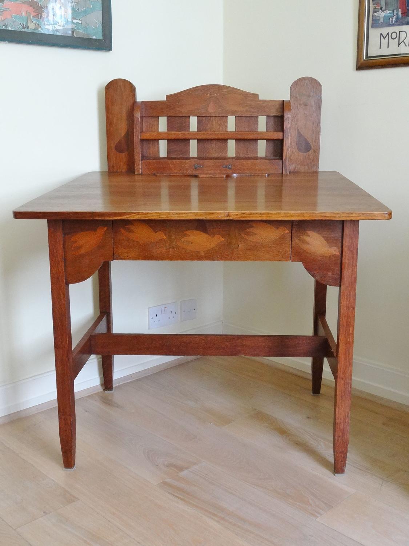 Stickley Brothers Voyseyesque Baillie Scott Arts & Crafts desk