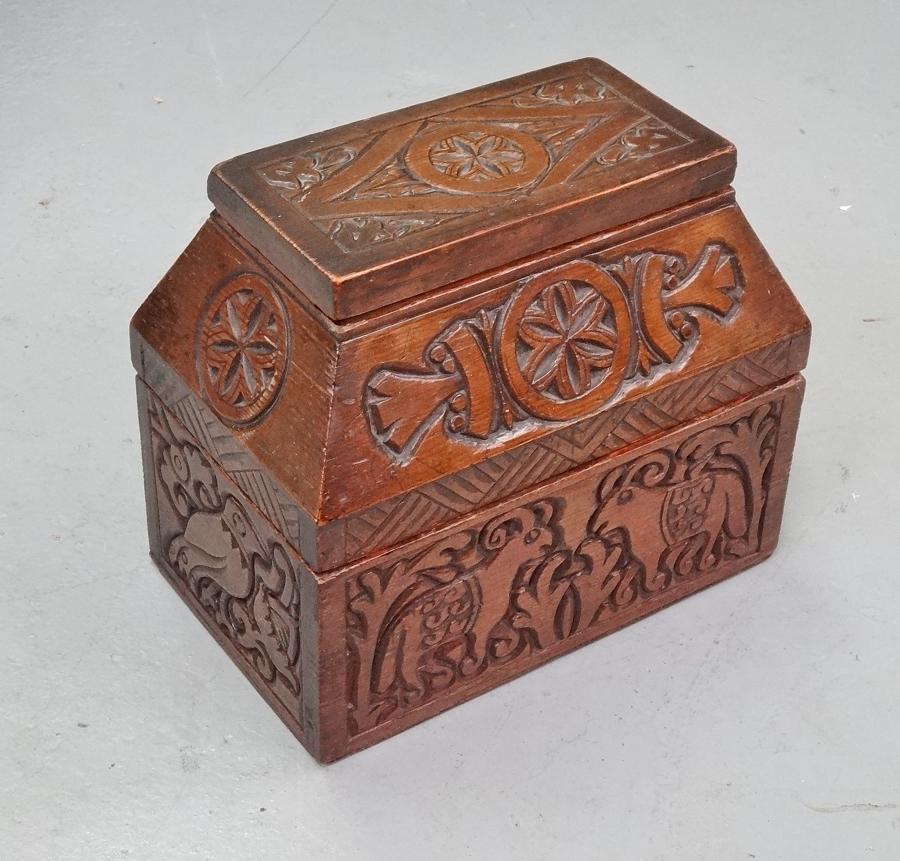 Russian Arts & Crafts box 2