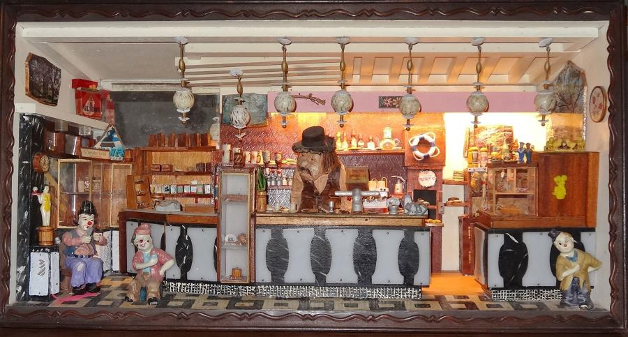 Crazy 1970's French bar diorama