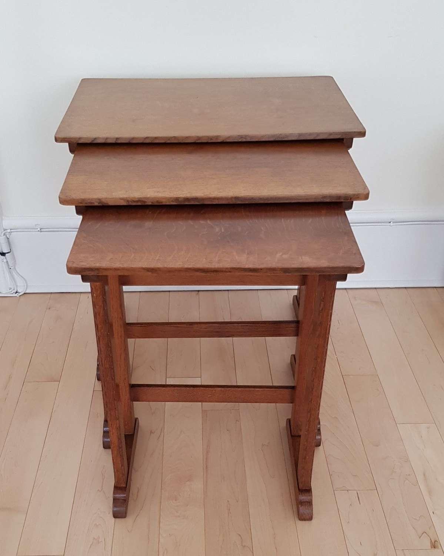 Stanley Webb Davies Cotswold School oak nest of tables